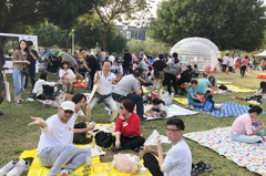 大城營建三十而立 千人野餐同樂