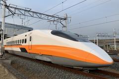 高鐵新一代自動售票機上線 新增行動支付及找零找鈔