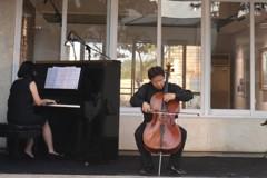不賣房子先聽音樂 台南建商邀大提琴家張正傑演奏