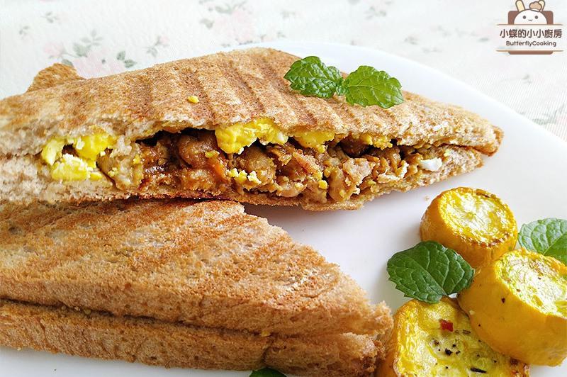 【食譜】咖哩雞蛋帕尼尼。包含電鍋白煮蛋作法