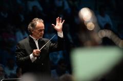 北市交幻想法蘭西音樂會 指揮跨越百年演繹祖父作品