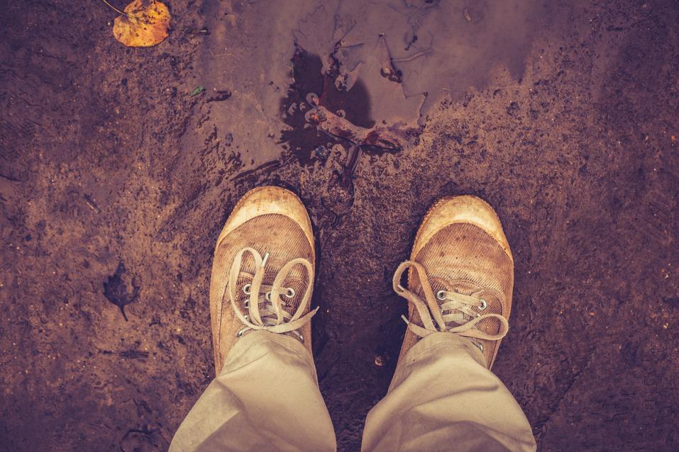 下雨鞋濕腳臭好崩潰!網傳7個除臭秘方哪種有效?