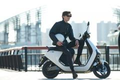 Segway-Ninebot進軍2輪電動車市場 分別推出九號電動E與九號電動C