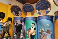 影/和貓奴相遇第十年 台灣第一萌貓黃阿瑪開店了