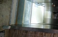 為什麼電梯裡要裝鏡子?不是光給你整理儀容的