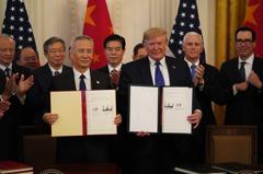 川普跟陸簽貿易協議後又將盯上誰? 專家指這兩國挫咧等