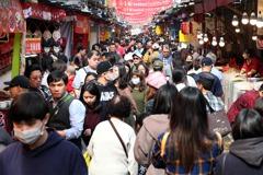 年貨大街始祖 迪化街華麗轉身不再是「年禍」