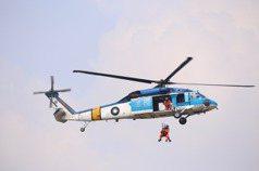 空軍救護隊換裝黑鷹成軍 S-70C藍海鷗功能身退封存