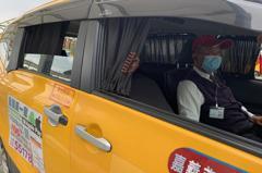 台灣疑似新冠肺炎社區感染 醫師建議司機開窗
