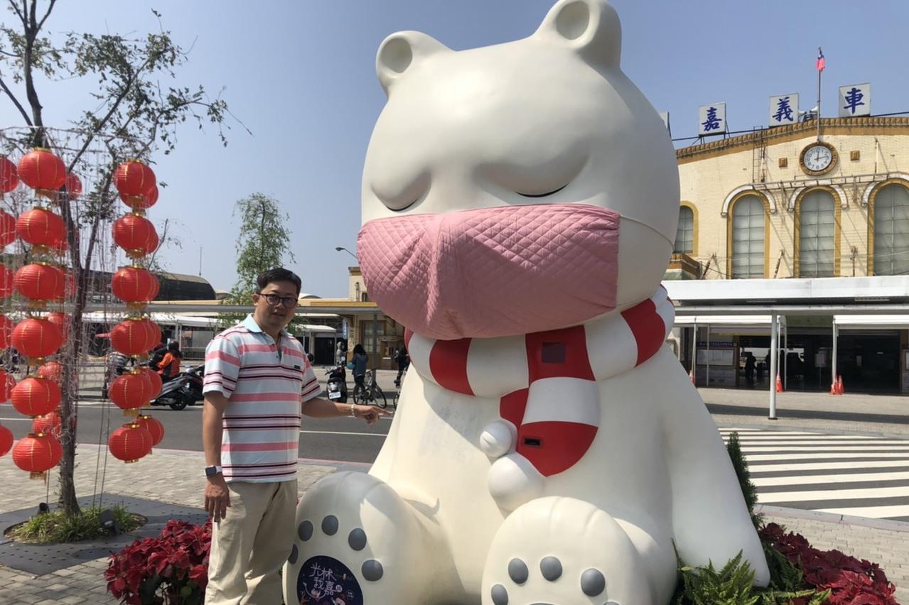 影/沈睡大白熊被寫「台灣228」 作者痛心「難以理解」