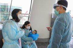 香港武漢包機首批109人 一乘客體溫超標被拒登機