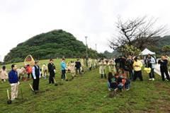 百人和平島公園種台灣原生種毛柿、苦楝 復育原始林相