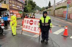 新北新莊區清明掃墓交管啟動 同時呼籲民眾戴口罩出門