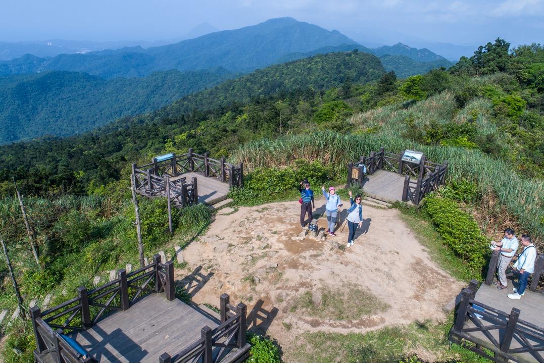 360度超廣視野!基隆「姜子寮山」有好漢坡 登頂可看台北101