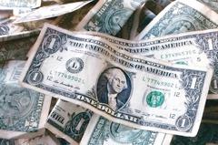 投資級債 納核心配置