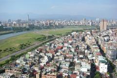 房價高 台北每2戶就有1戶買30年老屋