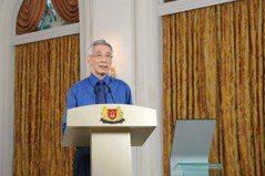 因應疫情調整習慣 李顯龍:新加坡不能永遠處於封閉狀態