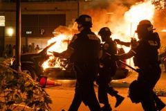 美國中西部暴動頻傳 外交部調整紅色旅遊警示