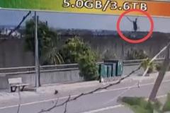 墜機新畫面!3段監視器證明直升機失控俯衝爆炸起火