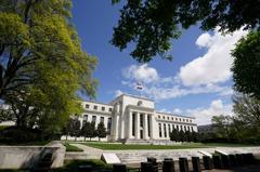 錢進高收債 跟著Fed走