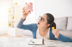 手頭緊、沒錢繳保費該怎麼辦?這幾招讓你減輕資金壓力、避免保單解約