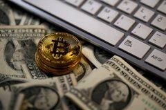 小摩:老投資人愛黃金 年輕人瘋比特幣