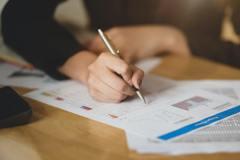 把錢花在刀口上!專家給4、5、6年級生的建議:如何做好醫療保險規畫?