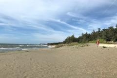 海岸侵蝕竹北新月沙灘恐無沙玩 公所爭取前瞻經費固沙