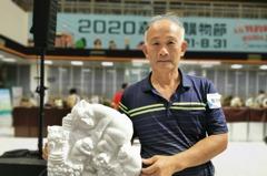 靠藝術享退休!60歲救難英雄成石頭雕刻家