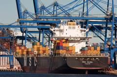 美國7月貿易逆差升至12年高點 進口額增幅創新高