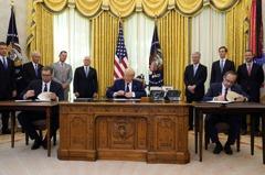美國當和事佬!塞爾維亞、科索沃 白宮簽經濟協議