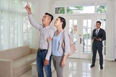 年齡越輕貸越多!2字頭小資女房屋貸款成數最高 若想拉高成數該怎麼做?