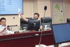 北市官員退休轉任長照機關高幹 議員怒批要求清查名單