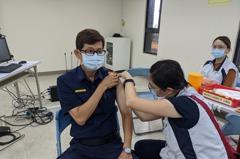 汐止衛生所到分局 員警志工接種流感疫苗