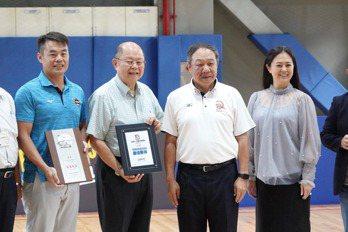 5人制棒球台灣首次正式開打 街頭風、快節奏是特色