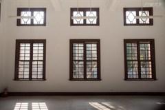 百年建築的逆光剪影!美學攝影師鏡頭下的新竹 城市的老靈魂如何吸引他