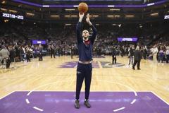 NBA/讚鮑爾球風聰明無私 大范甘迪:敢出手是最大進步