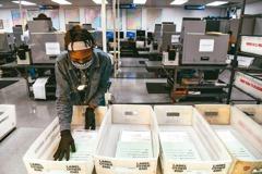美國大選前 郵政管理局已寄送1.22億張選票