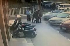 台中7旬翁衝進保險公司 持鐮刀劃傷2員工