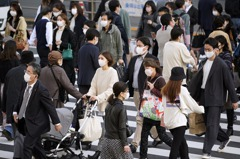 日本醫師會籲民眾避免連假出遊 官方卻說沒必要