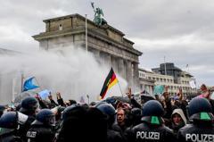 反對防疫封城!柏林數千人示威釀衝突 365人被捕