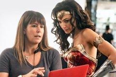 太震撼!「神力女超人1984」北美同步登陸戲院、串流