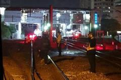 台鐵列車疑似撞到異物 200旅客行程耽誤