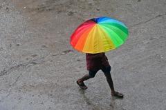 氣旋侵襲印度東南部 疏散得宜罕見無人死亡