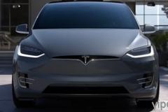 資安專家90秒破解Tesla Model X系統 免鑰匙輕鬆開門把車開走