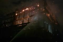 影/梧棲興建中工廠大火 火焰竄升一公里外可見