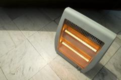 租屋買電暖器好嗎?內行反推「1神器」:溫暖又不佔空間
