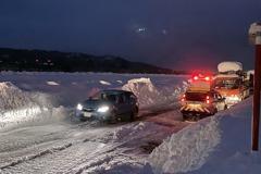 曾卡約2100輛車 日本關越自動車道開放區間通行