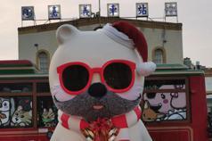 全國第1!嘉市公車全面電動化 大白熊戴耶誕口罩回嘉