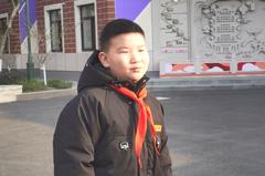 大樓火災!9歲男童「教科書式」臨危救火 整棟居民無傷亡